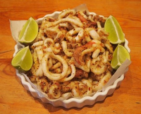 Sizzling salt and pepper squid