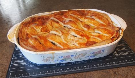 Chicken, leek and tarragon pie
