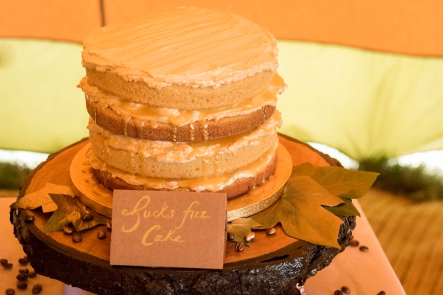 Bucks Fizz cake